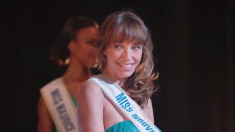 Laura Smet ... Miss Calédonie