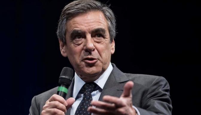FRANÇOIS FILLON OFFENSIF, TRANSPARENT RÉUSSIT SA CONFÉRENCE DE PRESSE