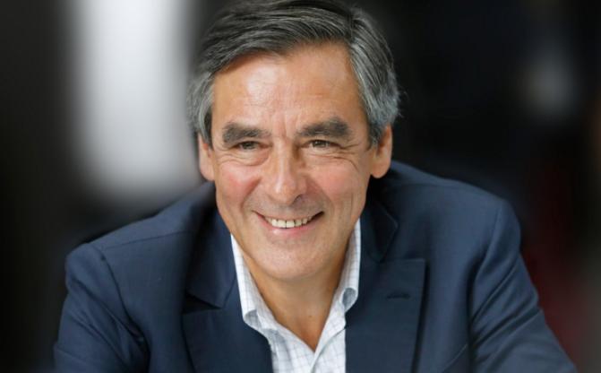 « QUE L'ETAT ARRÊTE DE NOUS EMMERDER » C'est ce que les entreprises françaises ont demandé à François Fillon