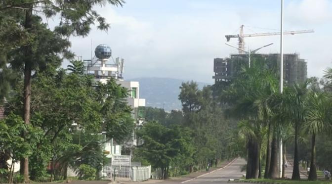 «UMUGANDA» : COMMENT KIGALI EST DEVENUE LA VILLE LA PLUS PROPRE DU MONDE